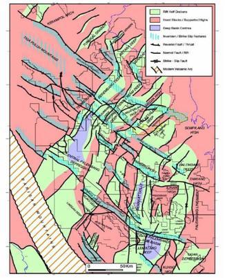 Gambar 2. Elemen Struktur Utama pada Cekungan Sumatra Selatan. Orientasi Timurlaut-baratdaya atau Utara-Selatan Menunjukkan Umur Eo-Oligosen dan Struktur Inversi Menunjukkan Umur Plio-Pleistosen (Ginger dan Fielding, 2005).